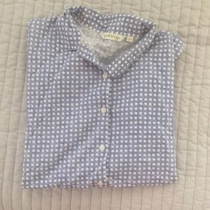 Short sleeved collared blouse